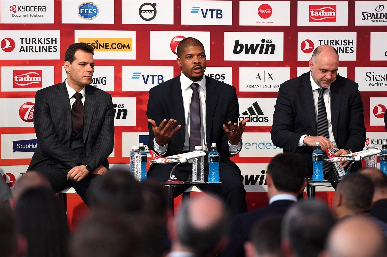 kyle-hines-opening-press-conference-final-four-vitoria-gasteiz-2019-eb18